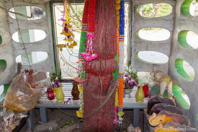 Fourth Khon Kaen city pillar shrine, at Ban Nontan