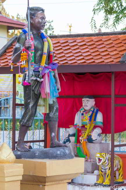 Soldier statue at fifth Khon Kaen city pillar shrine, at Ban Thum