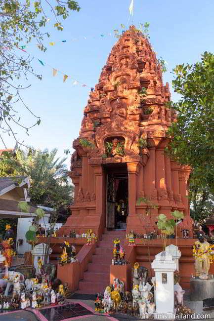 Khon Kaen's Khmer-style Mahesak Shrine