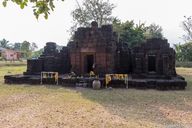 Ku Ban Daeng Khmer ruin