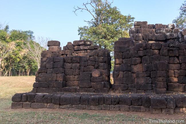 Ku Ban Daeng Khmer ruin north and central tower from behind