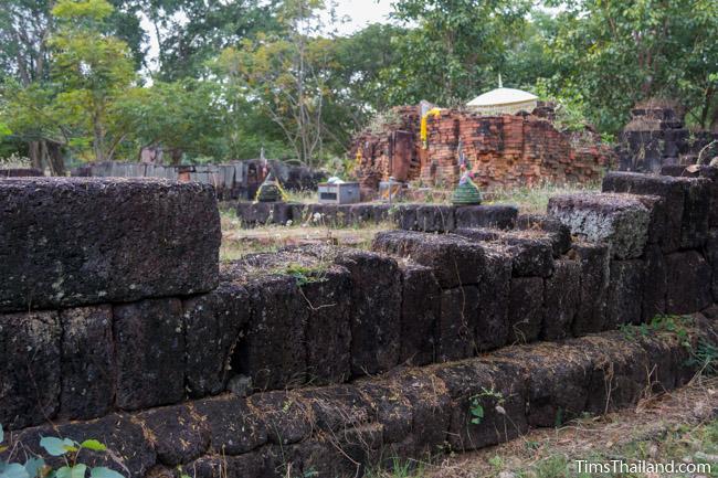 enclosure and central tower of Ku Buamat Khmer ruin
