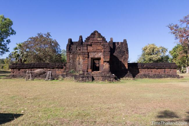 east gopura of Ku Phanna Khmer ruin