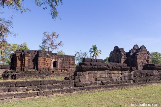 Ku Phanna Khmer ruin