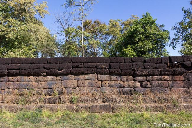 enclosure of Ku Phanna Khmer ruin