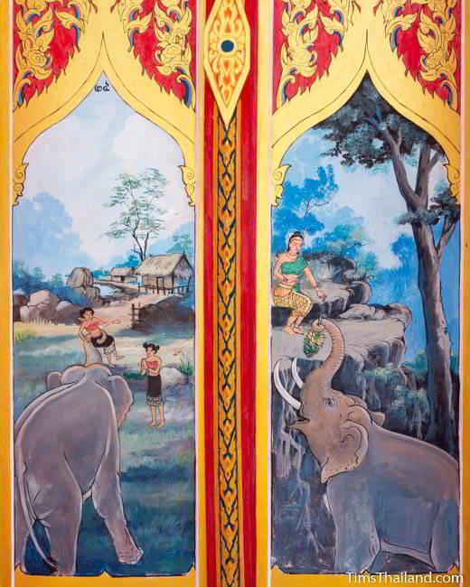 Nang Phom Hom story painted on doors at Wat Nong Wang