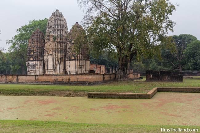 Wat Si Sawai Khmer ruin with moat