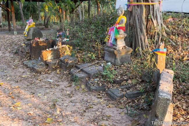 former shrine at Non Thaen Phra Khmer ruin