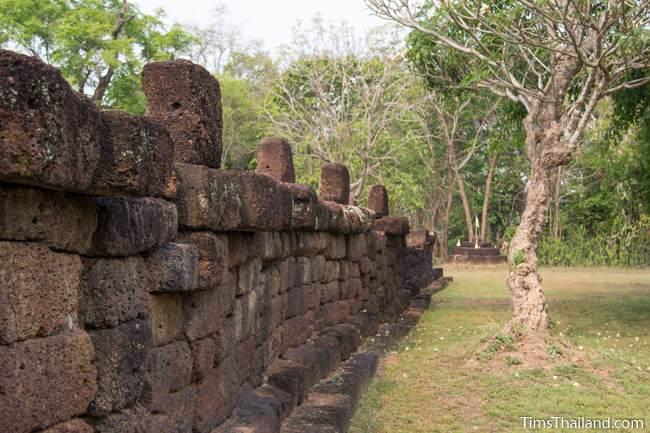 enclosure of Prang Ku Ban Nong Faek Khmer ruin