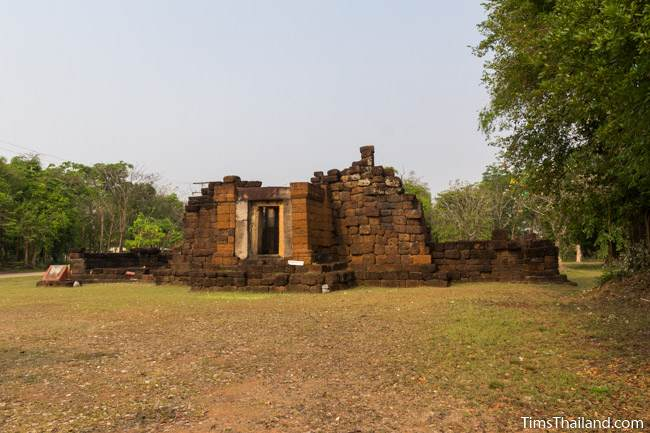 gopura of Prang Ku Ban Nong Faek Khmer ruin