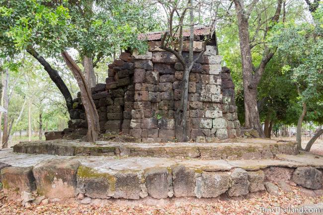 back side of Prang Ku Kaeng Sanam Nang Khmer ruin