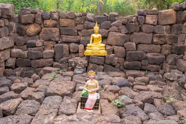 Buddha and goddess statues inside Ku Ban Nong Ranya Khmer ruin