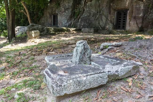 linga and yoni at Kao Kuha Caves