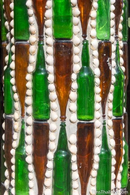 Wat Khuat bottle temple's bottle and shell design on pillar