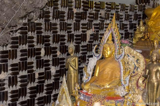 Buddhas in Wat Khuat bottle temple
