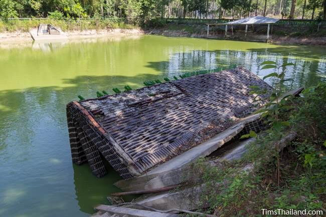Wat Khuat bottle temple's collapsed sala