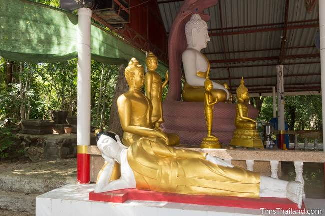 Buddha statues at Ku Kaew Chaiyaram Khmer ruin