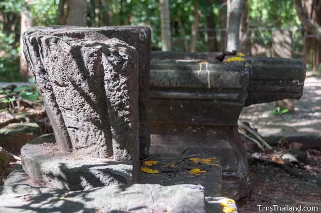 yoni and lotus bud top at Ku Kaew Chaiyaram Khmer ruin