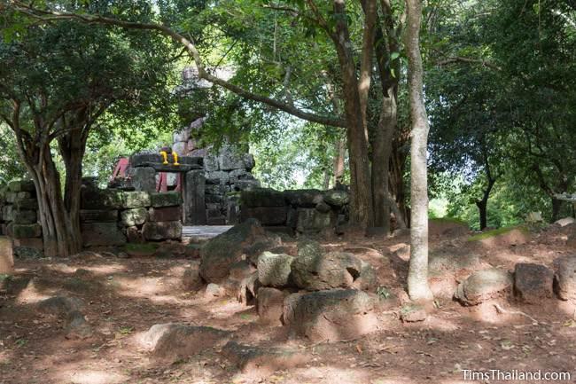 base of gopura in front of Prang Sra Pleng Khmer ruin