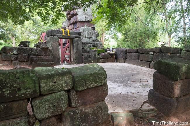 Prang Sra Pleng Khmer ruin