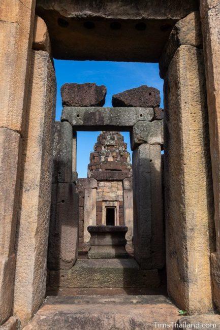 view of prang through gopura doors
