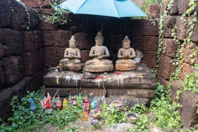 three Bodhisattva statues