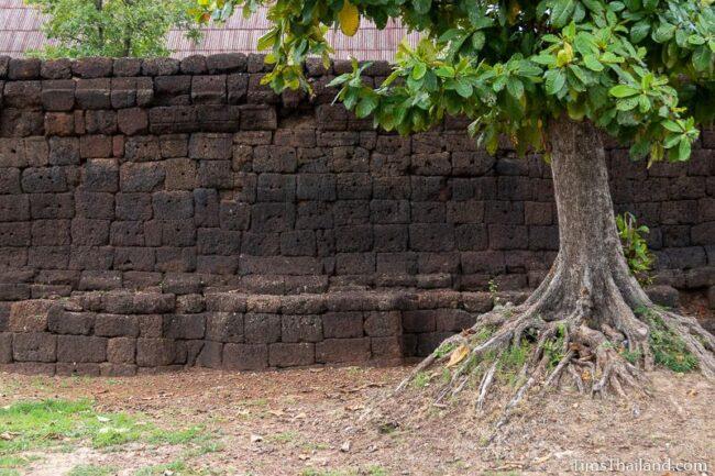 wall of southern gate