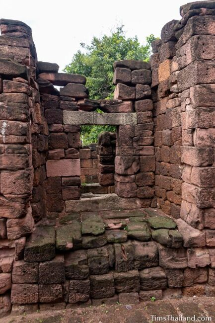 chambers of western gate