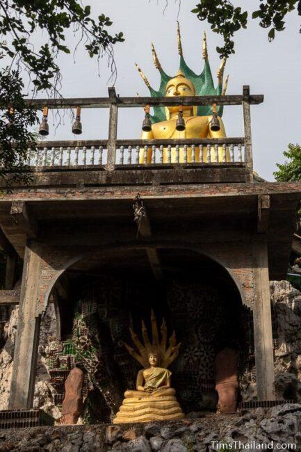 big Buddha with a small Buddha below it