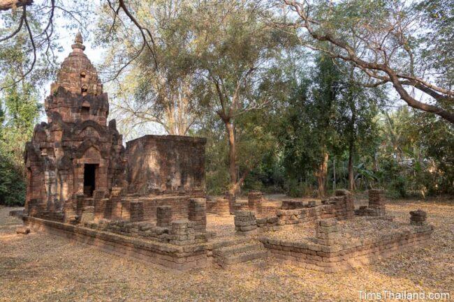 small Khmer temple ruin