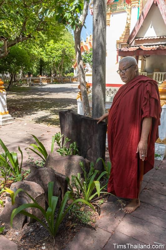 abbot standing with bai sema